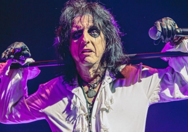 "Alice Cooper lanza su nuevo single ""Don't Give Up"""