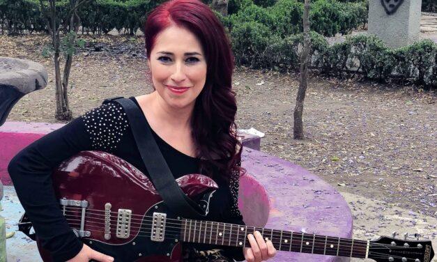 Jenny Bombo estrena su nuevo sencillo Rompecorazones